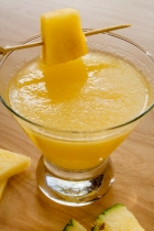 Pineapple Saketini 1